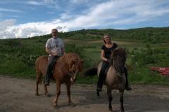 Op twee van onze IJslandse paarden