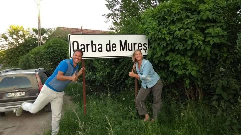 Tien jaar in Oarba de Mures in De Wandeling